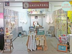 candle display. | Gift Show Booth Displays | Pinterest | Candles ...