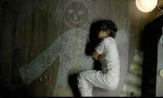 An Iraqi boy in an orphanage drew his mother and slept in her arms.