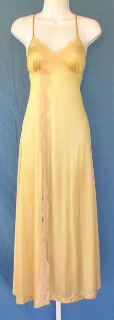 VINTAGE 1950s 1960s DUTCHESS NEGLIGEE SLIP FLORAL LACE GOLDEN BRONZE BOW SLIT #DUTCHESS