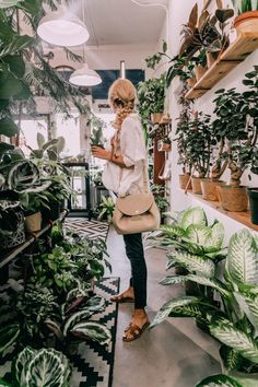 Plant Shopping and 12 Things - Barefoot Blonde by Amber Fillerup Clark Plant Shopping & 12 Things Flower Shop Design, Flower Shop Decor, Flower Shops, Flower Shop Interiors, Amber Fillerup Clark, Barefoot Blonde, Garden Shop, Plant Nursery, Plant Decor