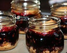 blackberry pie in a jar