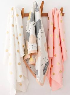 42 Trendy Ideas For Baby Girl Wallpaper Gold Polka Dots Blush Nursery, Girl Nursery, Baby Girl Wallpaper, Deco Kids, Textiles, Kids Prints, Nursery Inspiration, Trendy Baby, Future Baby