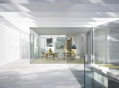 #house#1.130 is a minimalist house located in Madrid, Spain, designed by Estudio.Entresitio.