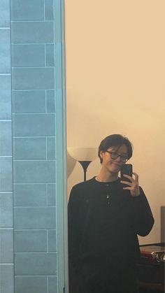 Boyfriend Photos, Ulzzang Boy, Handsome Boys, K Pop, Boyfriend Material, Wallpaper, Boy Groups, Bae, Idol