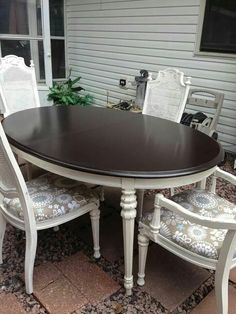 Beautiful table and chairs made with Java gel and Annie Sloan paint.