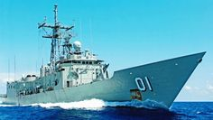 Terrigal : Dive the Ex-HMAS Adelaide