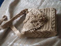 Ручная одежда Сумочка плетеная льняная.