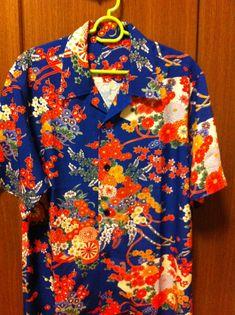 Romeo + Juliet Hawaiian Shirts #1 Vintage Hawaiian Shirts, Mens Hawaiian Shirts, Vintage Shirts, Hawiian Shirts, Mens Printed Shirts, Bowling Shirts, Aloha Shirt, Groom Attire, Fashion History