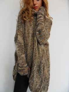 Slouchy/ Bulky/ Loose knitted wool sweater. Oversized wool sweater Brown mix color. Relaxed fit sweater.