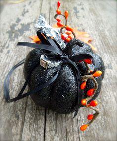 Fall Halloween Wedding Ring Bearer Pillow Alternative Pumpkin. $26.00, via Etsy.