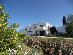 6 bedroom villa with pool in Monte Judeu, Portimão, Algarve, Portugal  The property has recently been updated and has double glazed windows, central heating and airconditioning. If you have Bed & Breakfast ambitions and are looking for a quiet and private area near amenities worth your visit !  http://www.portugalbestproperties.com/component/option,com_iproperty/Itemid,16/id,1207/lang,en/view,property/
