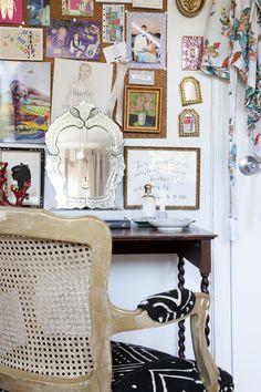 Inspiring work space | theglitterguide.com