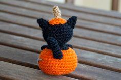 Mi mundo de baldosas amarillas: Halloween time!! (gatito calabaza de amigurumi)