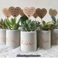 Best 12 Set of 3 concrete pots cement planters pencil holder modern home decor industrial style beton deko small square pot for office – SkillOfKing. Concrete Pots, Concrete Planters, Concrete Crafts, Painted Pots, Diy Home Crafts, Plant Decor, Flower Pots, Diy Projects, Creative