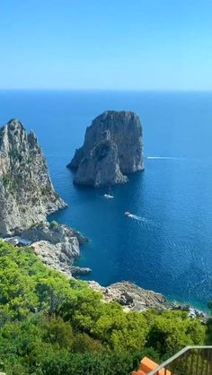 Beautiful Places To Travel, Cool Places To Visit, Places To Go, Beautiful Natural Places, Vacation Places, Dream Vacations, Outback Australia, Italy Travel, France Travel