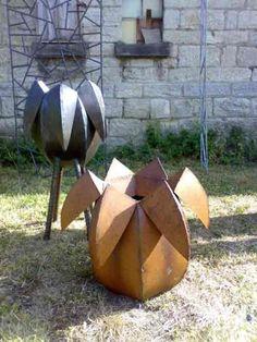Gefäße aus Stahlblech, Stahl natur und rostig