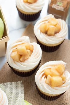 Apple Pie Cupcakes with Vanilla Buttercream Frosting - creamy, sweet and surprisingly easy! Homemade cupcakes don't get much better than these! Apple Pie Cupcakes, Baking Cupcakes, Yummy Cupcakes, Cupcake Cakes, Cupcake Flavors, Cupcake Recipes, Dessert Recipes, Just Desserts, Delicious Desserts