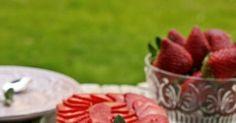 Ya tenemos aquí la temporada de las fresas, las recetas que podemos hacer con ellas siempre son muy vistosas y no dejan indiferente...