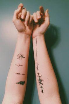 15 tree tattoo designs you won& miss - tattoos - 15 tree tattoo designs you won& miss Do you know the meaning of tree tattoos? The tree tattoo - Tree Tattoo Designs, Small Tattoo Designs, Tattoo Designs For Women, Hand Tattoos, New Tattoos, Sleeve Tattoos, Cross Tattoos, Finger Tattoos, Cute Small Tattoos