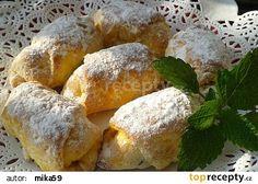 Mrkvové rohlíčky s mákem nebo povidly recept - TopRecepty.cz Bread, Cheese, Sweet, Food, Cakes, Meal, Essen, Hoods, Breads