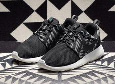 Nike N7 Roshe Run