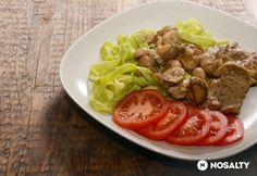 Provence-i tarjaszeletek csiperkegombával zöldtészta-ágyon Meat Recipes, Provence, Food, Essen, Meals, Yemek, Eten, Aix En Provence