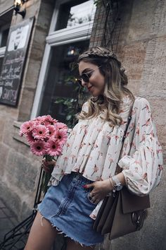 My hair story – Want Get Repeat Braided Blonde hair for Spring! Jecky from Want Get Repeat is wearing a Flamingo Blouse with Chloé Faye Summer Fashion Outfits, Spring Outfits, Trendy Fashion, Womens Fashion, Trendy Style, Cheap Fashion, Fashion Ideas, Casual Chic, Vestidos Fashion