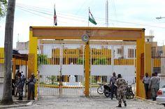 Visitantes de implicados caso Odebrecht en Najayo dicen esperar juez otorgue libertad pura y simple a los imputados