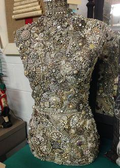 DIY INSPIRATION: Broken Jewelry covered dressform