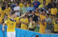 Un doblete de James Rodríguez sentenció el partido a favor de Colombia. Foto: EFE.