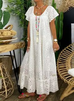 Casual Dress Outfits, Chic Outfits, Simple Dresses, Pretty Dresses, Infinity Dress Ways To Wear, Long African Dresses, Silk Anarkali Suits, Flattering Dresses, Kurta Designs