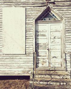 New blog! chasewulff.blogspot.com    #delapidated   #oldchurch   #easternshoreofmaryland   #vscocam   