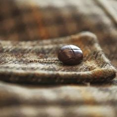 Love tweeds and woven leather buttons - just found a cabinet knob in this design Tartan, Plaid, Tweed Run, Sunday Images, Fabric Beads, Classic Style Women, Harris Tweed, Sewing A Button, Dog Walking