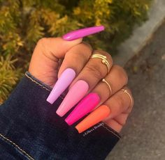 The advantage of the gel is that it allows you to enjoy your French manicure for a long time. There are four different ways to make a French manicure on gel nails. Glam Nails, Neon Nails, Gradient Nails, Rainbow Nails, Matte Nails, Glitter Nails, Fire Nails, Best Acrylic Nails, Acrylic Spring Nails