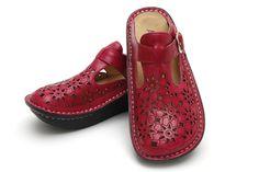 Alegria Classic Fuchsia Breezy - on closeout for $69! | Alegria Shoe Shop