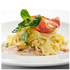 Treat your family to a classic Italian dinner. Tagliatelle Carbonara, Sauce Carbonara, Pate Spaghetti, Parmesan, Penne, Crisp, Bacon, Salad, Stuffed Peppers