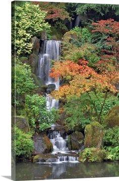 Japanese Garden Landscape, Japanese Garden Design, Japanese Gardens, Ponds For Small Gardens, Water Gardens, Garden Wall Art, Asian Garden, Garden Types, Garden Features