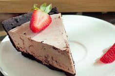 Chocolate strawberry truffle pie