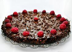 Raw Vegan Chocolate and Raspberry Cake