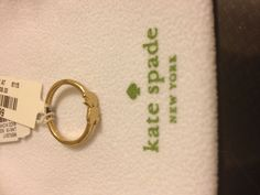 TO GIVE to the best friends: matching friendship rings!