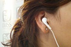 La aparición de un zumbido en uno o ambos oídos es un principio de sordera