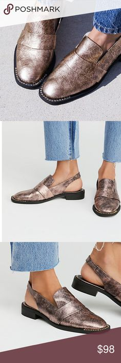 🆕 Free People Rose Metallic Leather Loafers Refined leather loafers with a modern. femme update featuring a comfortable slingback design. So subtle block heel FP Collection Retail $178  Modern and sartorial styles, artisan crafted from fine leathers and premium materials, FP Collection shoes are coveted for their signature cutting-edge aesthetic. 124197 great for casual or work! Euro Size 38 = 8 US true to size. Free People Shoes Flats & Loafers
