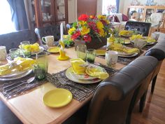 The Welcomed Guest: Mexican Brunch Mexican Brunch, Table Centerpieces, Table Decorations, Table Manners, Table Scapes, Easter Brunch, Place Settings, Rustic Style, A Table