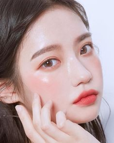 makeup ulzzang & makeup u Korean Natural Makeup, Korean Makeup Look, Korean Makeup Tips, Asian Eye Makeup, Korean Makeup Tutorials, Ulzzang Makeup Tutorial, Eyeshadow Tutorials, Eyeliner Tutorial, Eye Tutorial