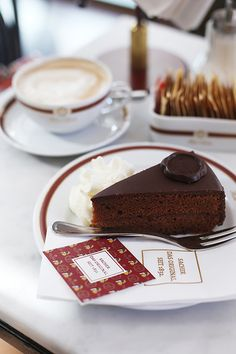I can't wait to get my chops around a Sacher torte when I go to Vienna this Christmas    Austria travel | Vienna tips