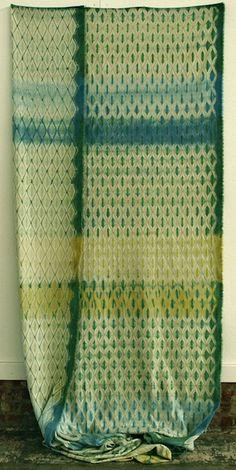 Woven shibori by fiber artist Catharine Ellis. via textile arts center