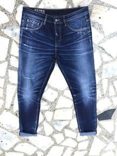 Mens Dark Jeans, Denim Jeans Men, Denim Shirt, Jeans Pants, Streetwear Jeans, Biker Jeans, Denim Fashion, Fashion Clothes, Denim Trends