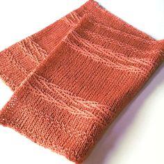 5 or 3.75 mm, Circular Knitting Needles Yarn Weigt: (3) Light/DK linen yarn