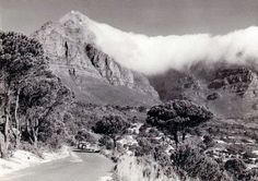 Kloof Road en-route to Glen Beach in 1953 Old Pictures, Travel Pictures, Old Photos, Vintage Photos, Global Holidays, Cape Town South Africa, Picture Story, Amazing Destinations, Live