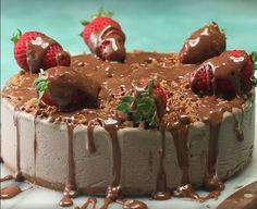 This Frozen Mars Bar Ice Cream Cake is a real crowd pleaser! Dessert Party, Party Desserts, Dessert Recipes, Mars Bar Cake, Cookbook Recipes, Cooking Recipes, Cream Cake, Ice Cream, The Kitchen Food Network